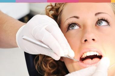 Soluciones dentales en <span>manos de especialistas</span>